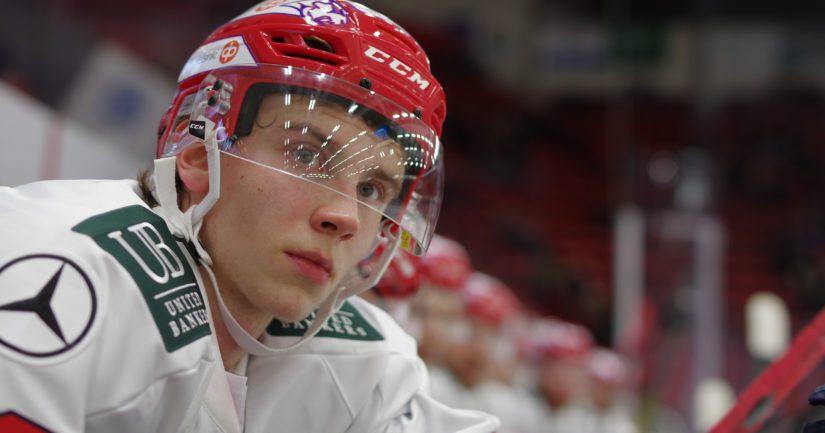 SM-liigassa vain 15-vuotiaana debytoinut Brad Lambert on suomalaisen jääkiekkoilun megalupaus.