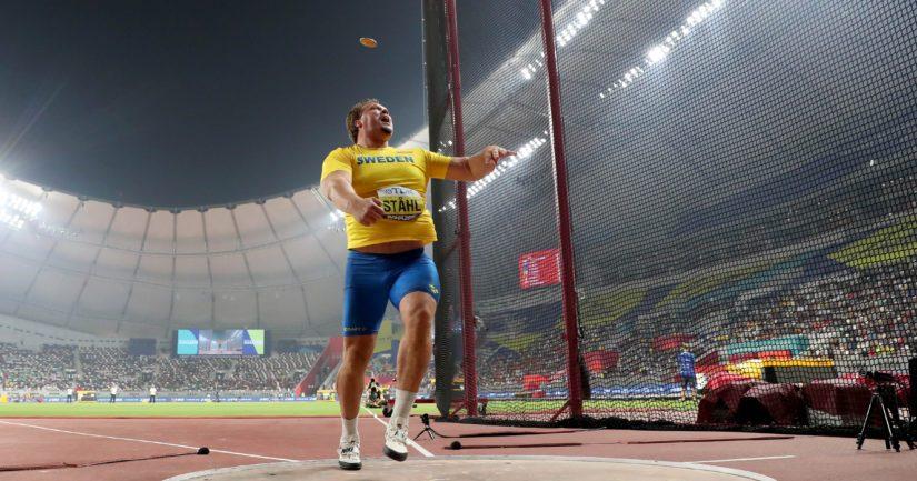 Suomea puhuva Ruotsin Daniel Ståhl voitti Dohassa kiekonheiton kultaa.