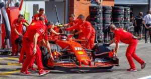 Täysi farssi Monzassa – F1 sai osakseen koomista julkisuutta