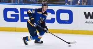 Tähtipelaajan sydänkohtaus järkyttää NHL:ssä – lyyhistyi vaihtopenkille