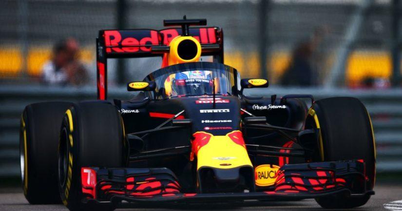 Red Bull on vaihtanut kuljettajaa. Alexander Albon korvaa Pierre Gaslyn.