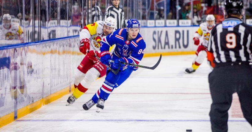 Useampi KHL-joukkue järjestää kotiottelunsa kaudella 2019-20 kapeassa kaukalossa.