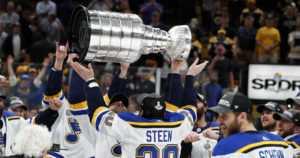 """NHL jatkoi SM-liigan ja MM-kisojen tiellä – jääkiekossa """"iso mullistus"""""""