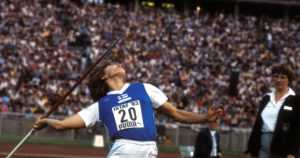 Suomi voitti viisi olympiamitalia samana päivänä – keihäshopea ja aitapronssi pettymyksiä