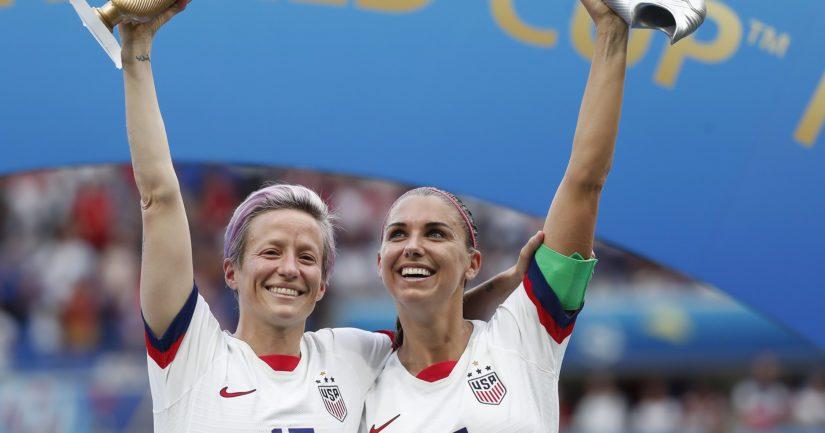 USA:n Megan Rapinoe ja Alex Morgan palkittiin MM-kisojen parhaina